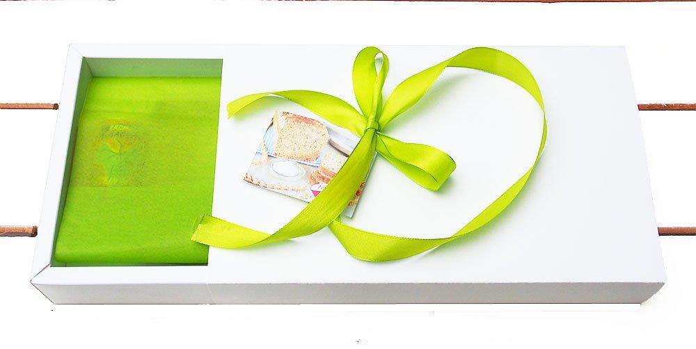 Brot und Salz im Geschenkkarton